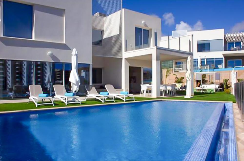3 bed Villa For Sale in Costa Adeje,  - 2