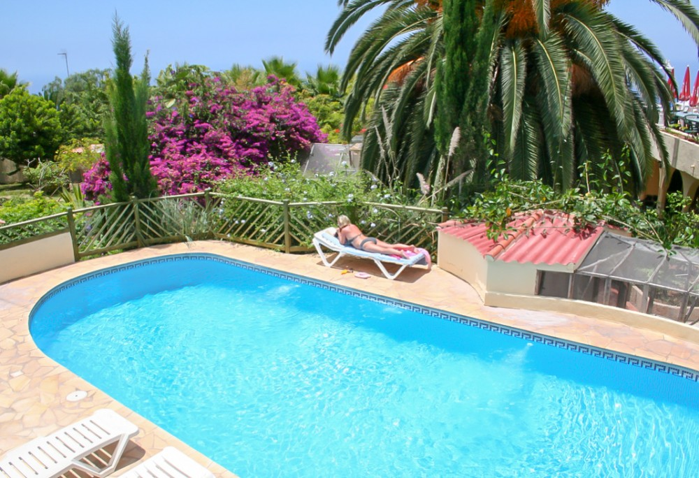 10 bed Commercial Property For Sale in Los Menores,  - 1