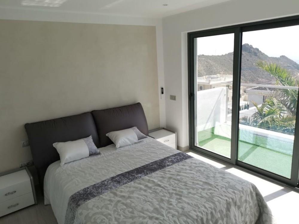 4 bed Villa For Sale in Adeje,  - 11