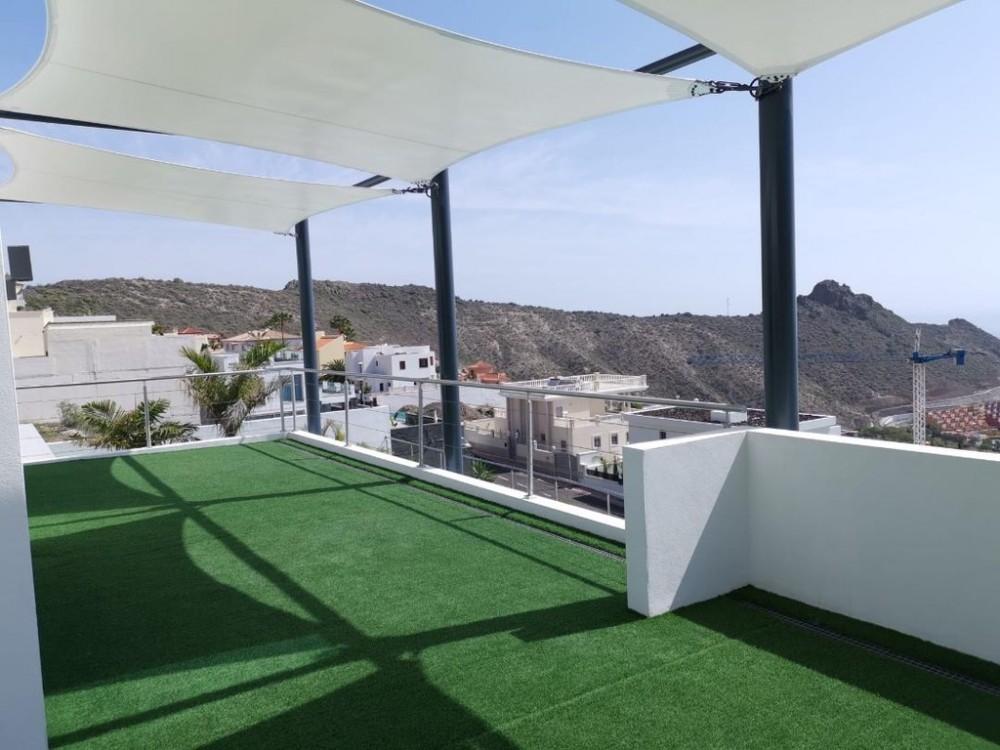 4 bed Villa For Sale in Adeje,  - 19