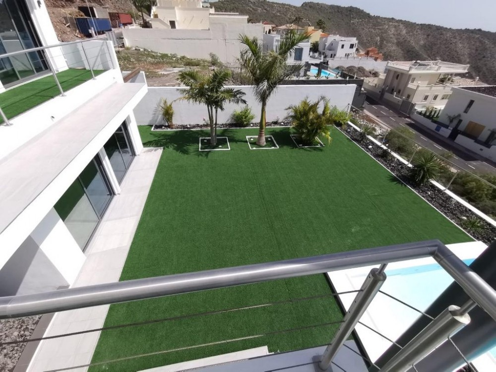 4 bed Villa For Sale in Adeje,  - 20