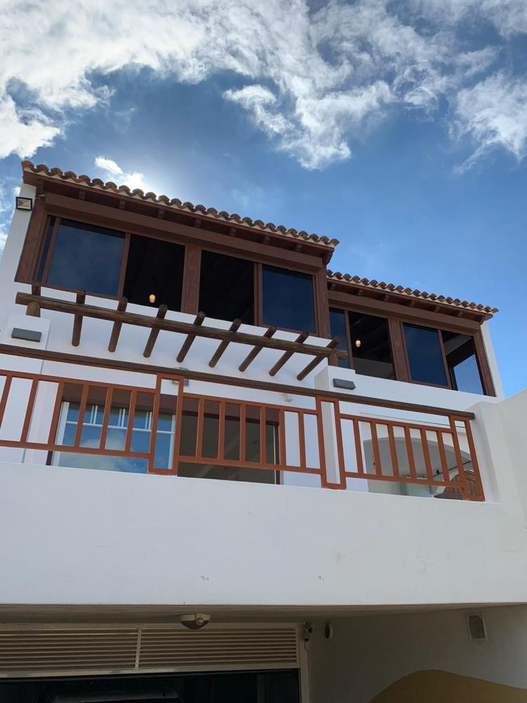 7 bed Villa For Sale in Playa de las Americas,  - 1