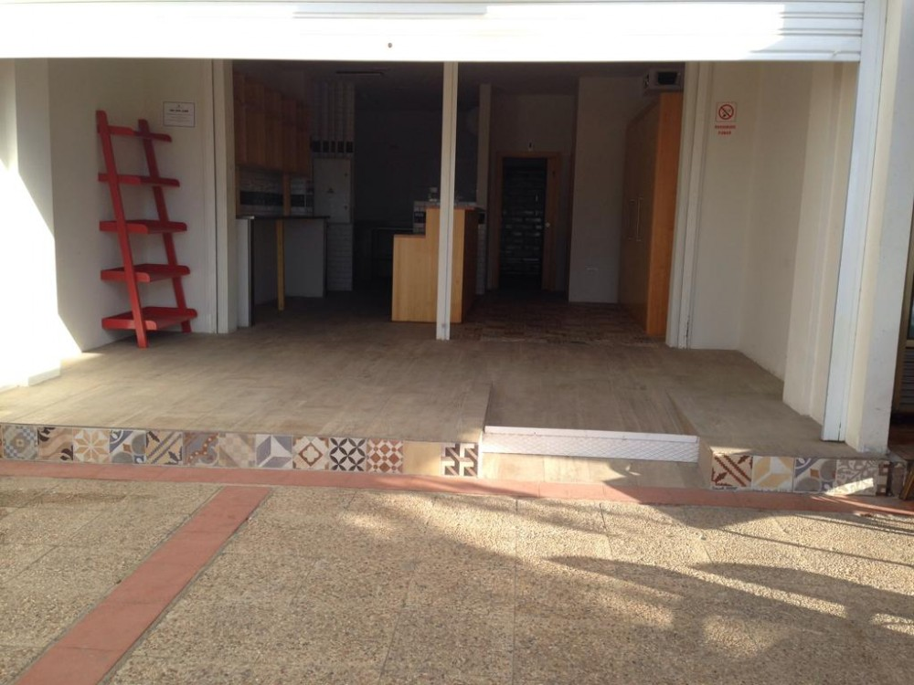 1 bed Commercial Property For Rent in Tenerife,