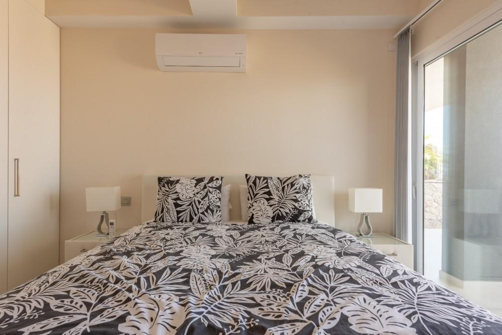 4 bed Villa For Sale in Playa de las Americas,  - 13