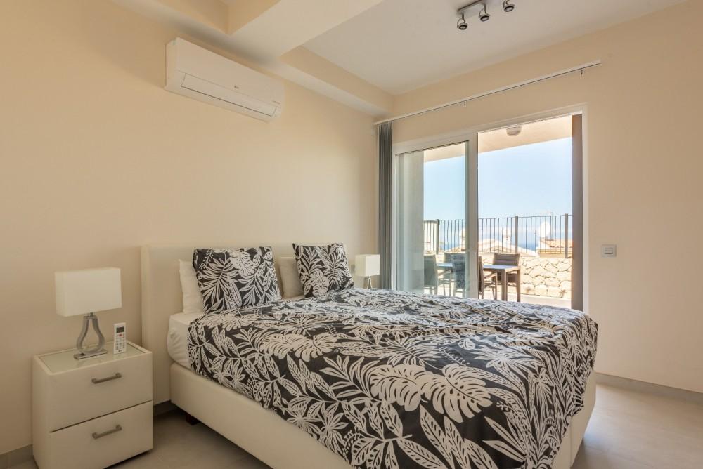 4 bed Villa For Sale in Playa de las Americas,  - 14
