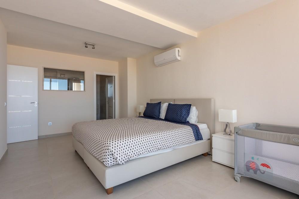 4 bed Villa For Sale in Playa de las Americas,  - 20