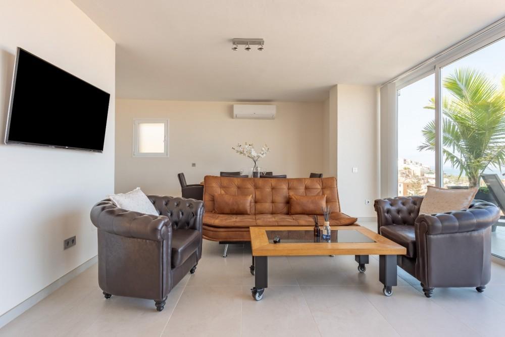 4 bed Villa For Sale in Playa de las Americas,  - 4