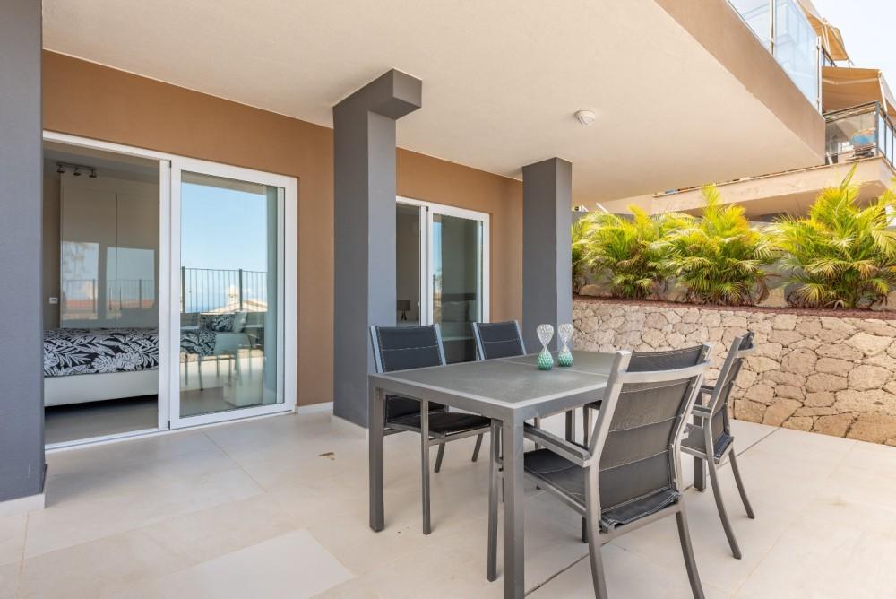 4 bed Villa For Sale in Playa de las Americas,  - 9