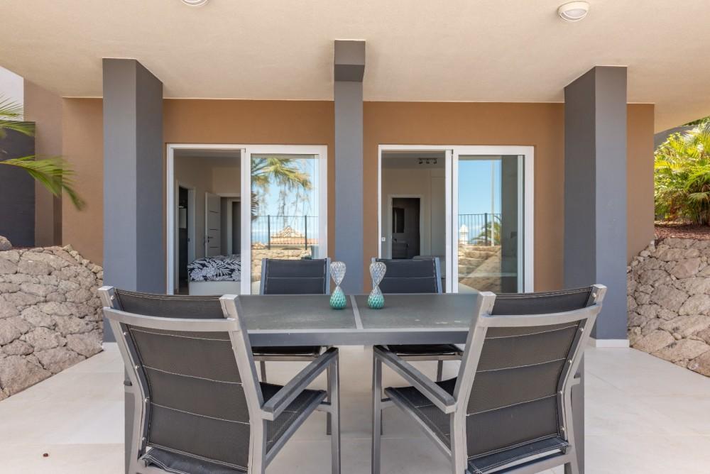 4 bed Villa For Sale in Playa de las Americas,  - 8