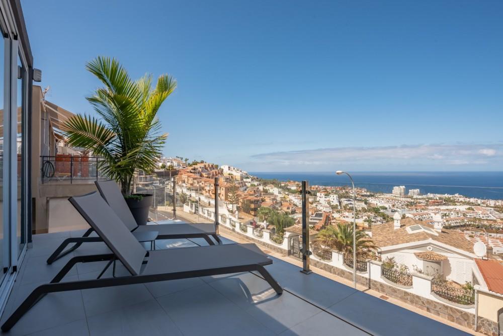 4 bed Villa For Sale in Playa de las Americas,  - 1