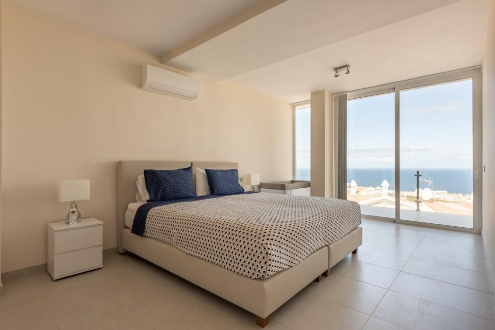 4 bed Villa For Sale in Playa de las Americas,  - 24
