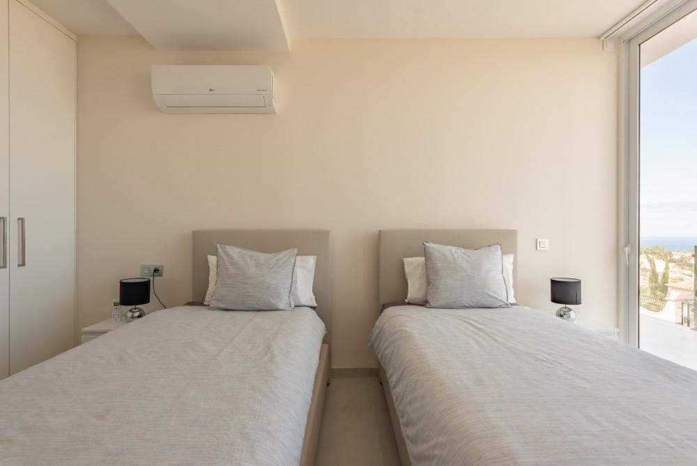 4 bed Villa For Sale in Playa de las Americas,  - 27