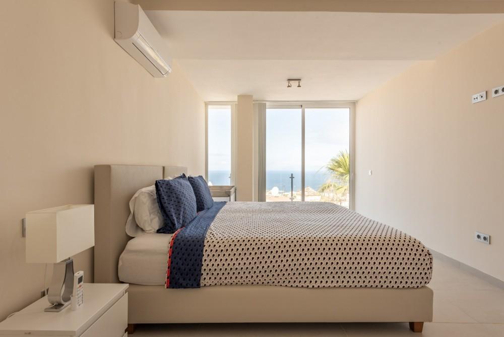 4 bed Villa For Sale in Playa de las Americas,  - 28