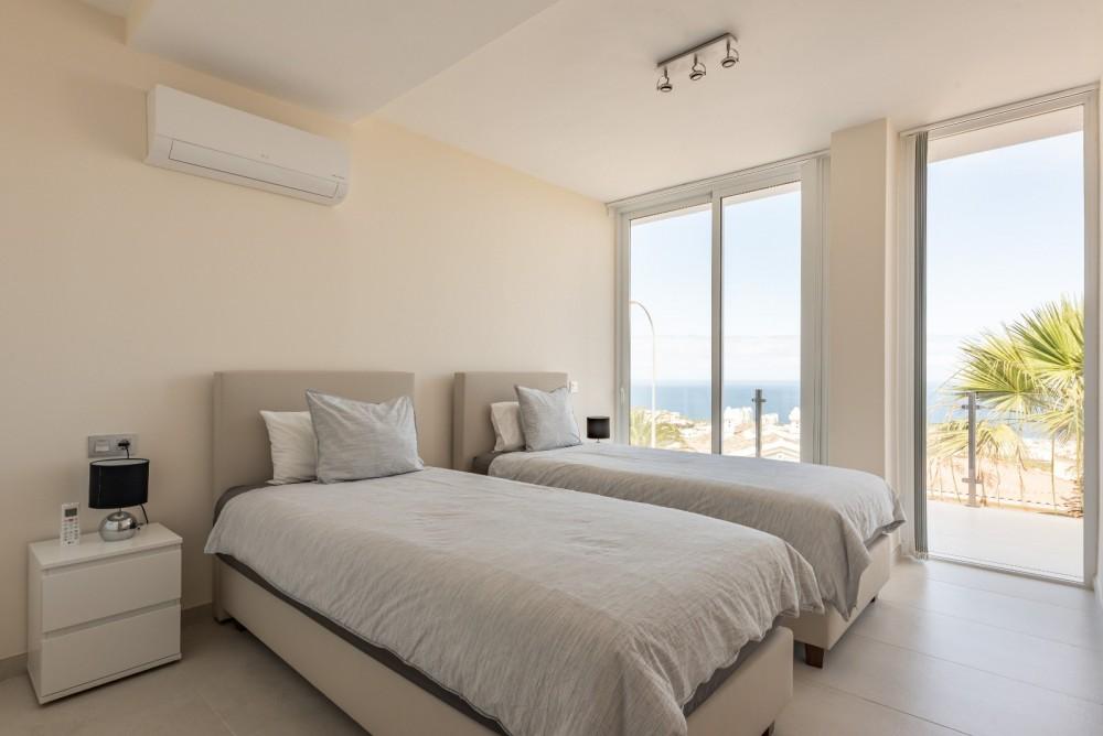 4 bed Villa For Sale in Playa de las Americas,  - 29
