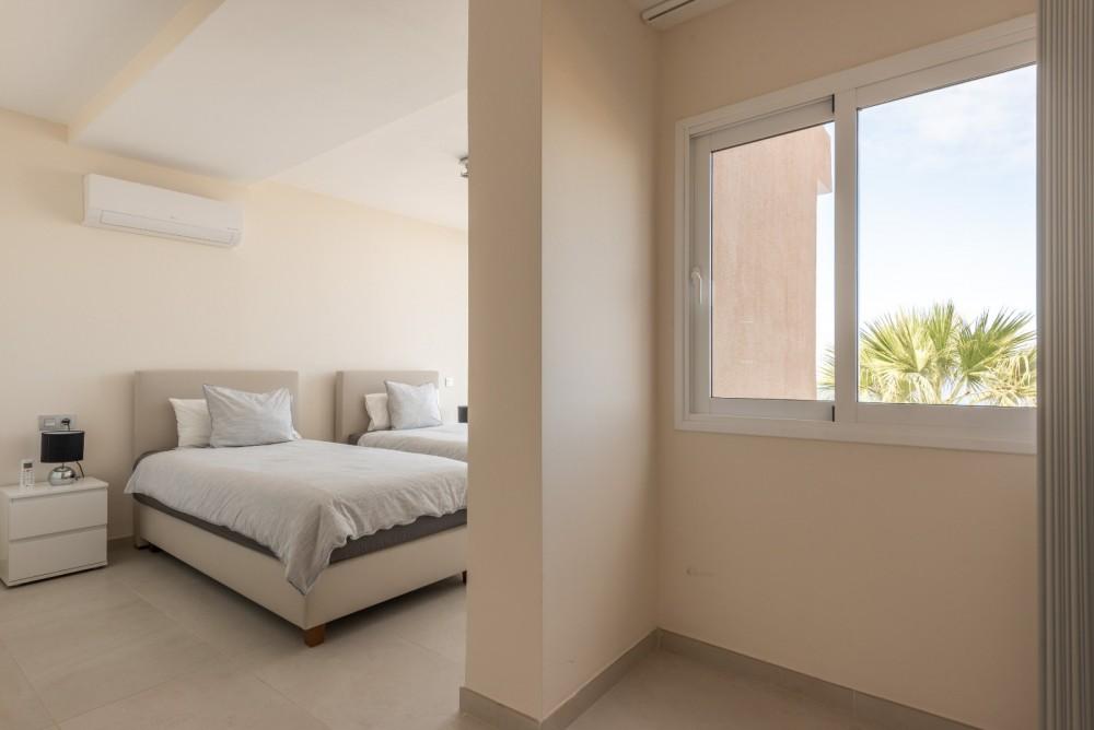 4 bed Villa For Sale in Playa de las Americas,  - 31