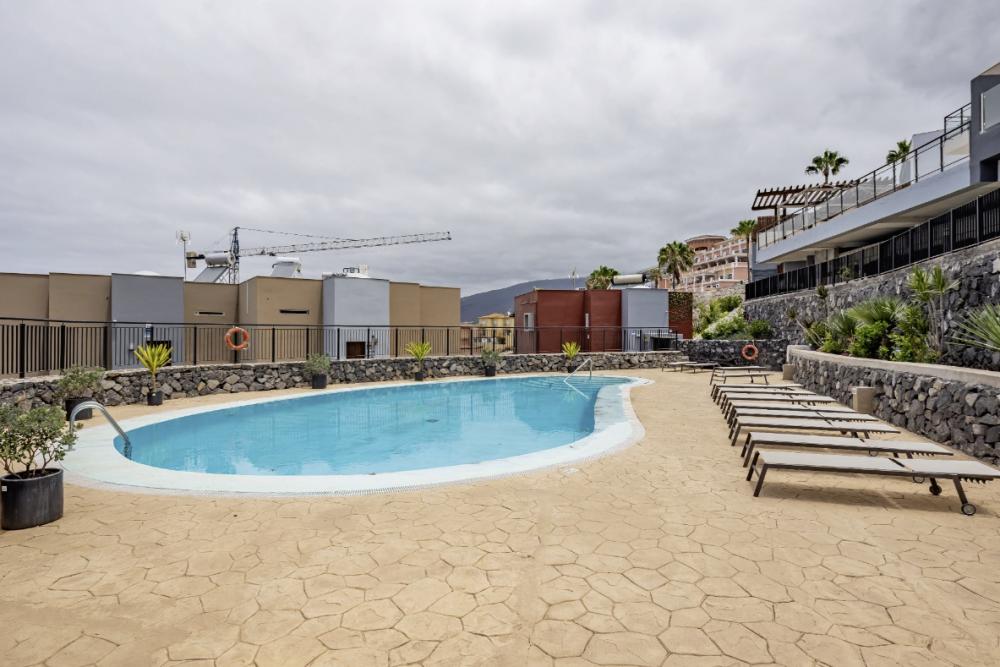 4 bed Villa For Sale in Playa de las Americas,  - 2