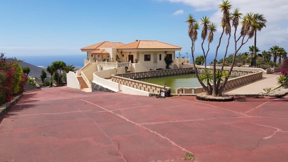 4 bed Villa For Sale in San Miguel de Abona,  - 2