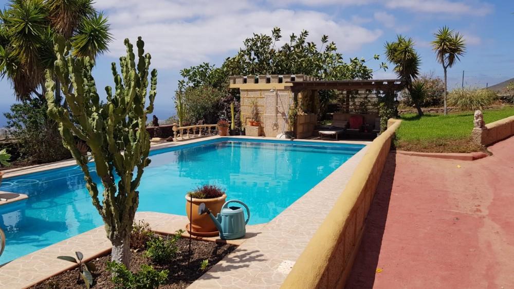 4 bed Villa For Sale in San Miguel de Abona,  - 3