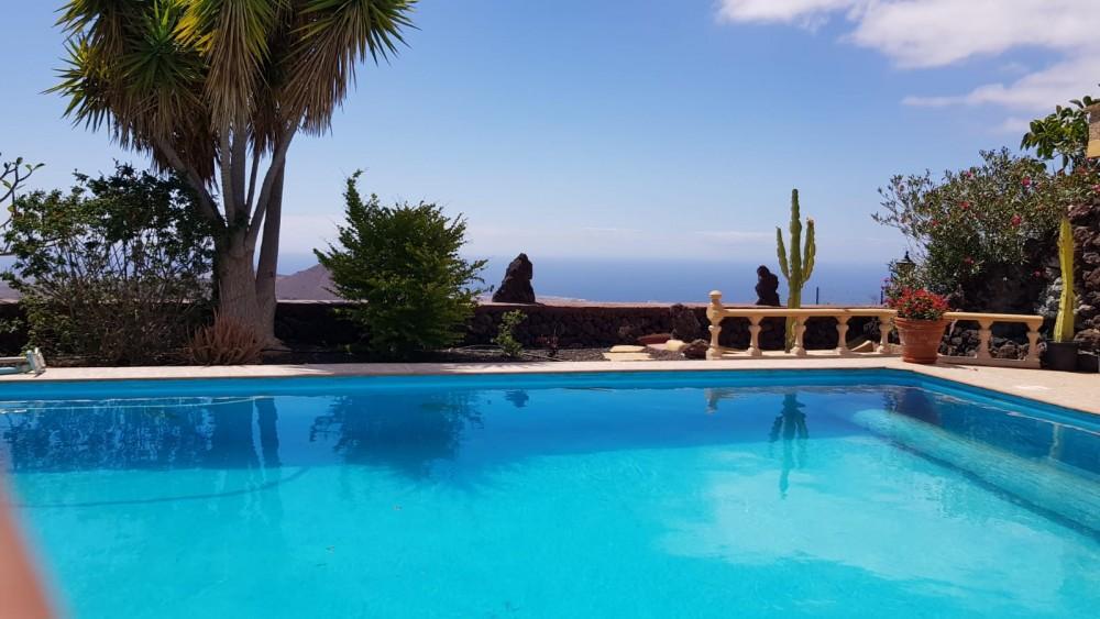 4 bed Villa For Sale in San Miguel de Abona,  - 4